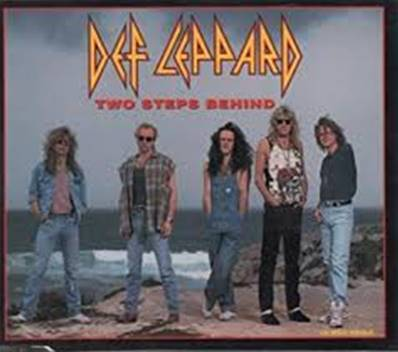 DEF LEPPARD - TWO STEPS BEHIND (2 CD SINGLE SET-EDITION LIMITEE) (METAL)